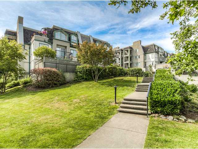 "Photo 9: 87 211 BEGIN Street in Coquitlam: Maillardville Townhouse for sale in ""FOUNTAIN BLEU"" : MLS® # V966076"