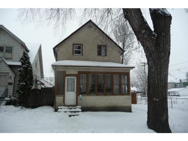 Main Photo: 130 Hallet Street in WINNIPEG: North End Residential for sale (North West Winnipeg)  : MLS®# 1224325