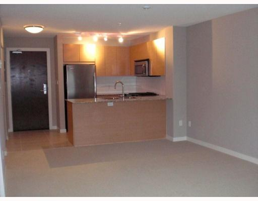 Photo 4: # 101 5889 IRMIN ST in : Metrotown Condo for sale : MLS® # V794308