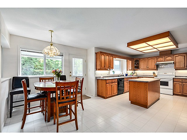 Photo 6: 5288 CENTRAL AV in Ladner: Hawthorne House for sale : MLS® # V1073977
