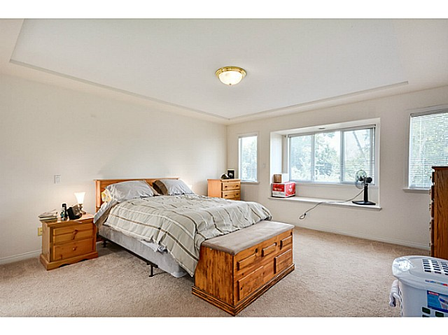 Photo 10: 5288 CENTRAL AV in Ladner: Hawthorne House for sale : MLS® # V1073977
