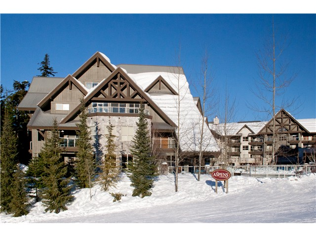 Main Photo: # 447 4800 SPEARHEAD DR in Whistler: Benchlands Condo for sale : MLS® # V1093279