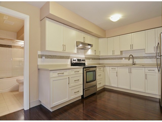 Photo 15: 16366 25TH AV in Surrey: Grandview Surrey House for sale (South Surrey White Rock)  : MLS® # F1425762