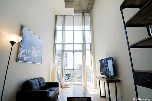Photo 16: 5 Hanna Ave Unit #405 in Toronto: Niagara Condo for sale (Toronto C01)  : MLS(r) # C3572052