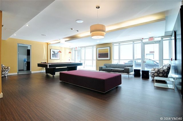 Photo 8: 5 Hanna Ave Unit #405 in Toronto: Niagara Condo for sale (Toronto C01)  : MLS(r) # C3572052