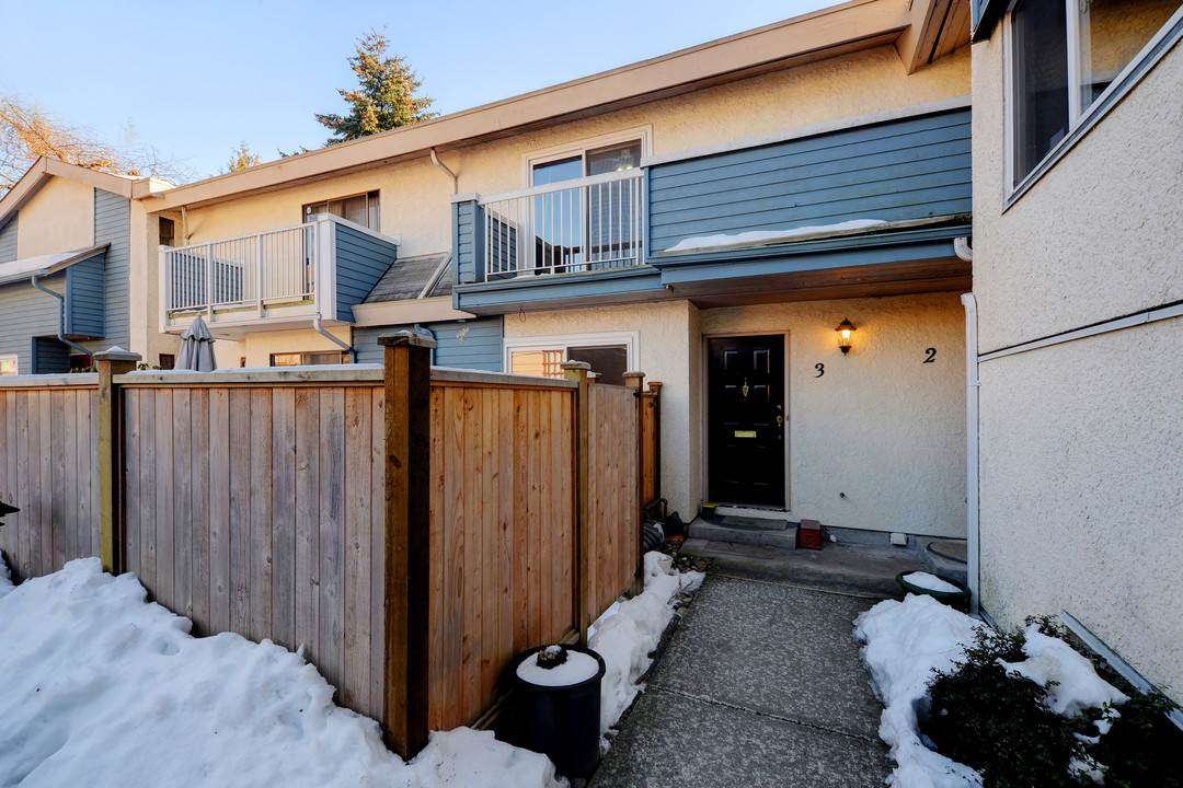 Photo 17: 3 114 PARK ROW in New Westminster: Queens Park Townhouse for sale : MLS(r) # R2131845