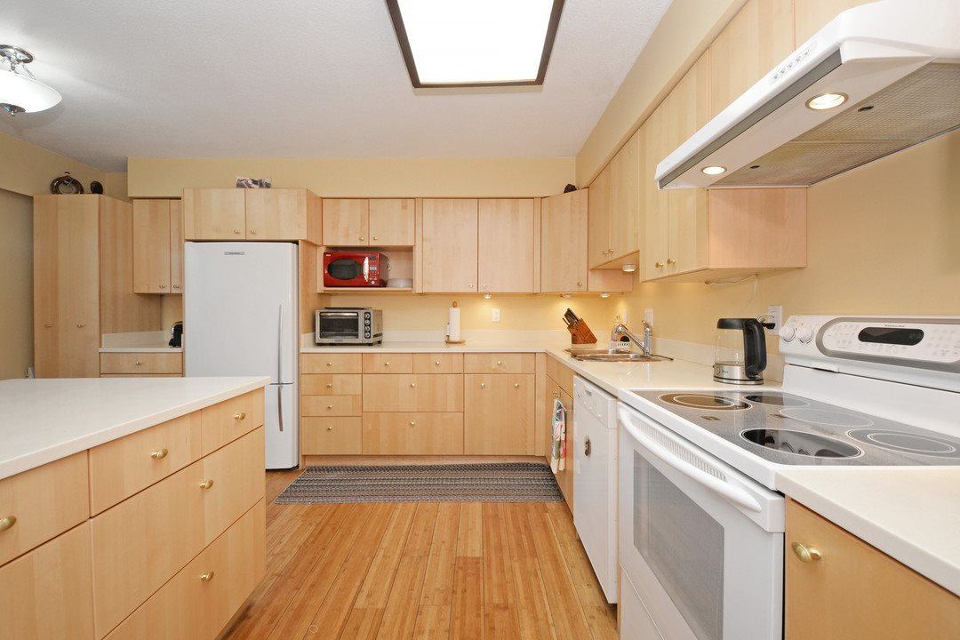 Photo 5: 3 114 PARK ROW in New Westminster: Queens Park Townhouse for sale : MLS(r) # R2131845