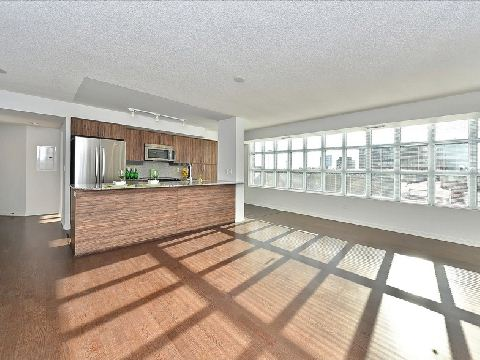 Photo 2: 17 85 East Liberty Street in Toronto: Niagara Condo for sale (Toronto C01)  : MLS® # C2742981