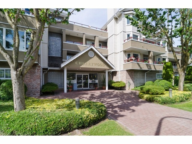 Main Photo: 207 11771 Daniels Road in Richmond: East Cambie Condo for sale : MLS® # V1114165