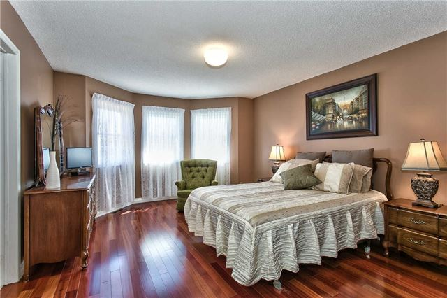 Photo 15: 4490 Violet Road in Mississauga: East Credit Freehold for sale