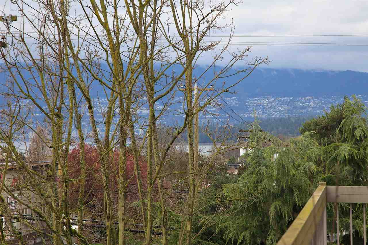 Photo 10: 301 2080 MAPLE STREET in Vancouver: Kitsilano Condo for sale (Vancouver West)  : MLS(r) # R2049376