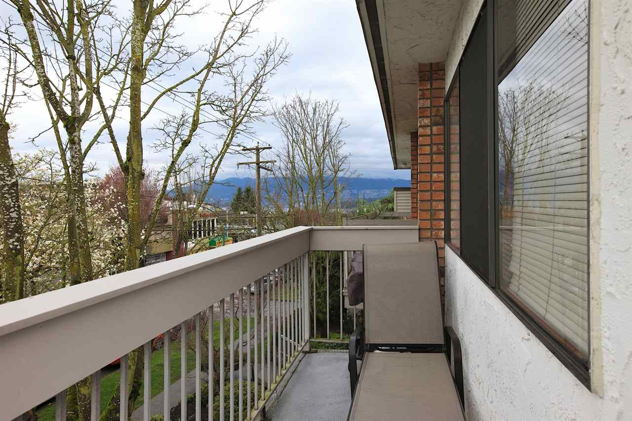 Photo 9: 301 2080 MAPLE STREET in Vancouver: Kitsilano Condo for sale (Vancouver West)  : MLS(r) # R2049376
