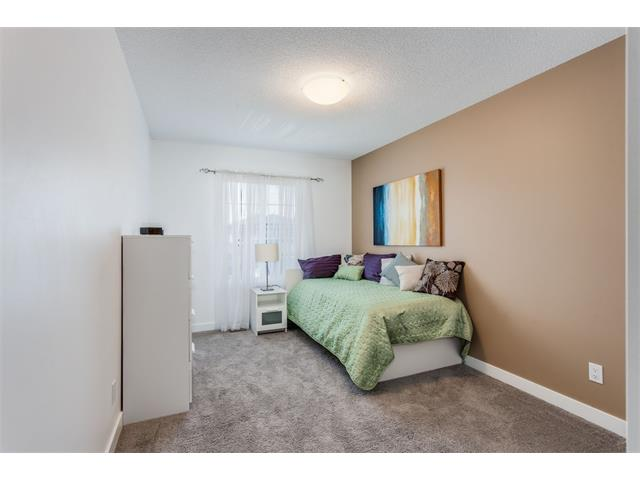 Photo 26: 21 Evansview Manor NW in Calgary: Evanston House for sale : MLS(r) # C4070895