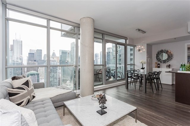 Photo 5: 375 King St W Unit #3307 in Toronto: Waterfront Communities C1 Condo for sale (Toronto C01)  : MLS(r) # C3695020
