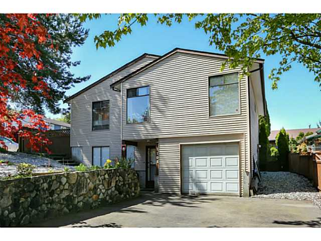 "Main Photo: 1108 HANSARD Crescent in Coquitlam: Ranch Park House for sale in ""RANCH PARK"" : MLS® # V1004815"