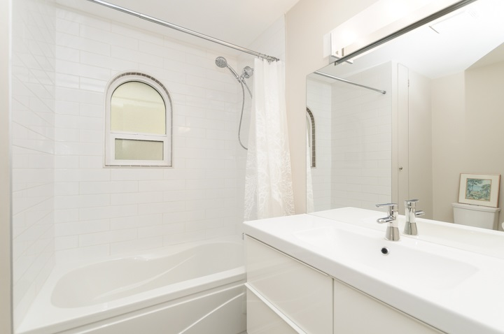 Photo 18: 2 3301 W 16 AVENUE in Vancouver: Kitsilano Townhouse for sale (Vancouver West)  : MLS(r) # R2050724