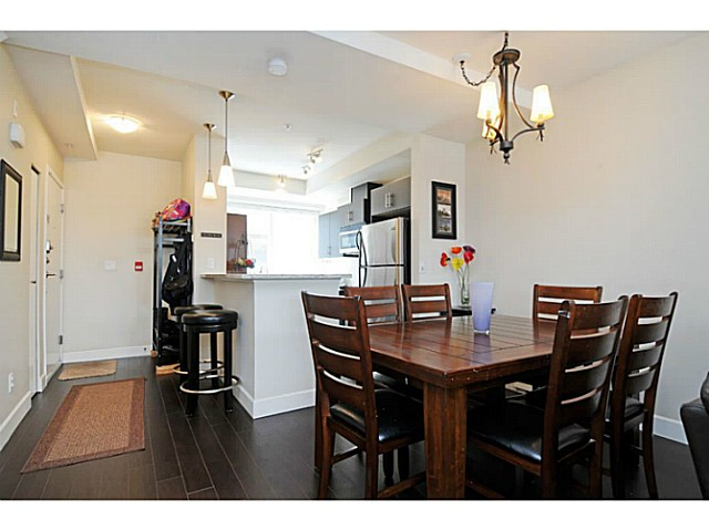 Photo 7: 231 2108 Rowland Street in Port Coquitlam: Central Pt Coquitlam Townhouse for sale (Port Moody)  : MLS® # V1092687