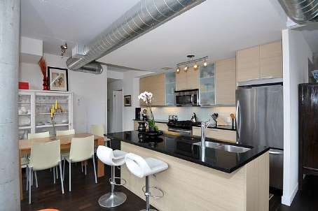 Photo 5: 7 138 Princess Street in Toronto: Moss Park Condo for sale (Toronto C08)  : MLS® # C2560939