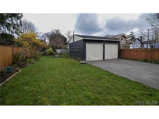 Photo 5: 723 Oliver Street in VICTORIA: OB South Oak Bay Single Family Detached for sale (Oak Bay)  : MLS(r) # 321026
