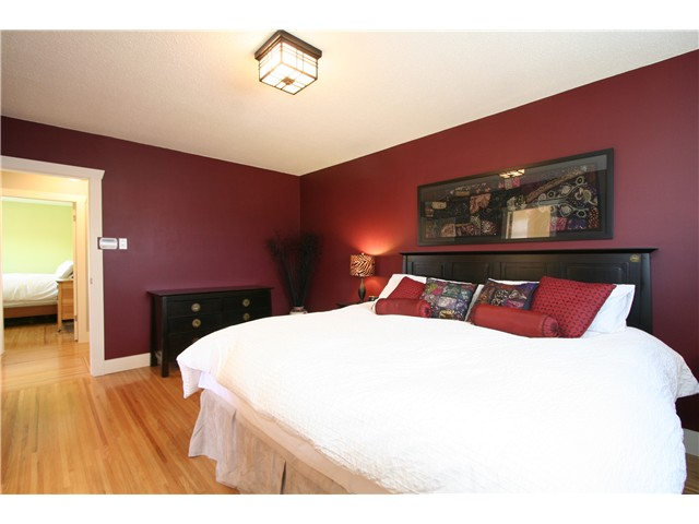 Main Photo: 7081 Sherritt Court in Burnaby: Sperling-Duthie House for sale (Burnaby North)  : MLS® # V884522