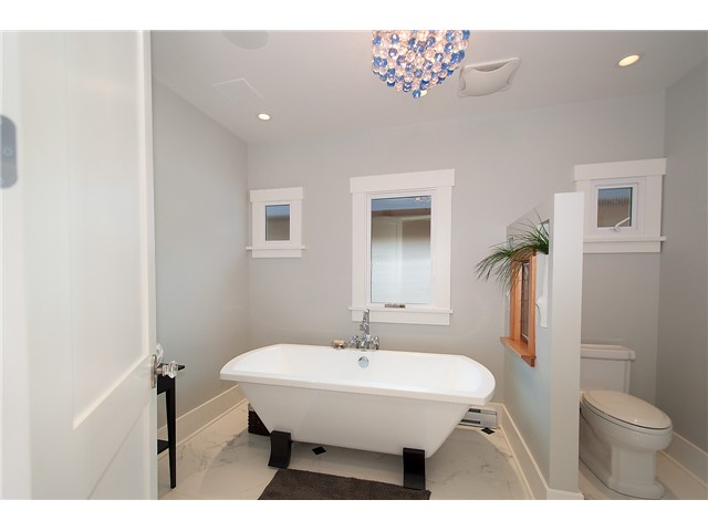 Photo 8: 3625 W 27TH AV in Vancouver: Dunbar House for sale (Vancouver West)  : MLS® # V1089317