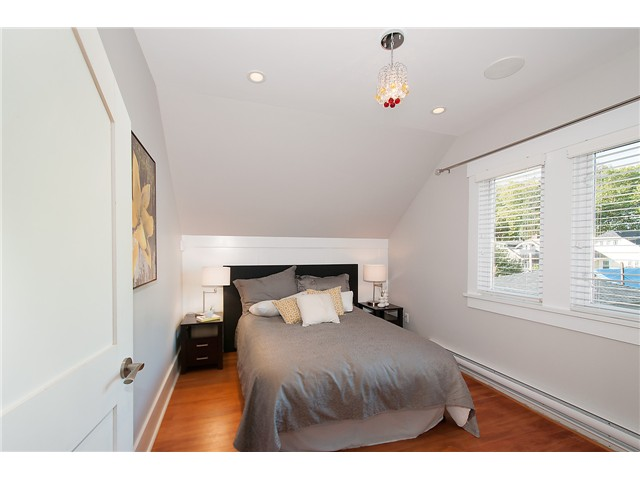 Photo 13: 3625 W 27TH AV in Vancouver: Dunbar House for sale (Vancouver West)  : MLS® # V1089317