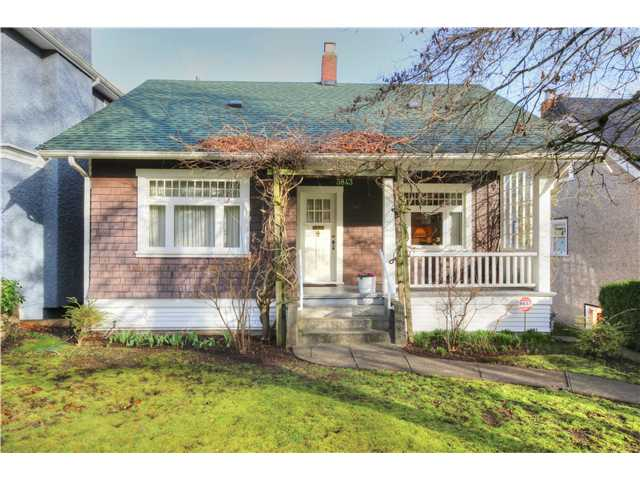 Main Photo: 3843 W 15TH AVE in VANCOUVER: Point Grey House for sale (Vancouver West)  : MLS®# v1105300