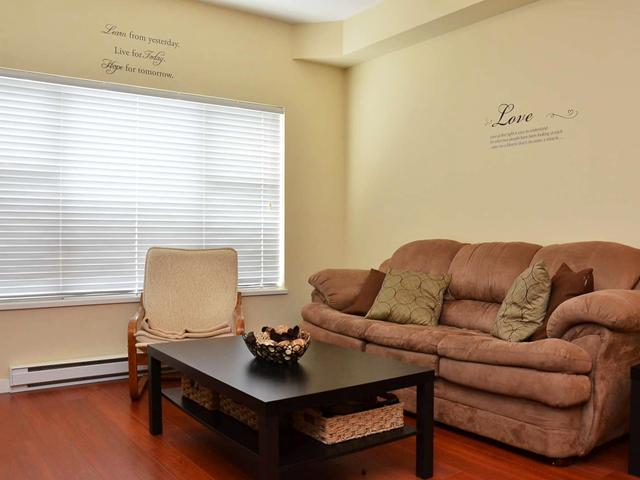 "Photo 4: 305 2488 KELLY Avenue in Port Coquitlam: Central Pt Coquitlam Condo for sale in ""SYMPHONY"" : MLS(r) # V942138"