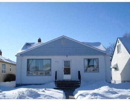 Main Photo: 914 BANNERMAN: Residential for sale (North End)  : MLS®# 2802311