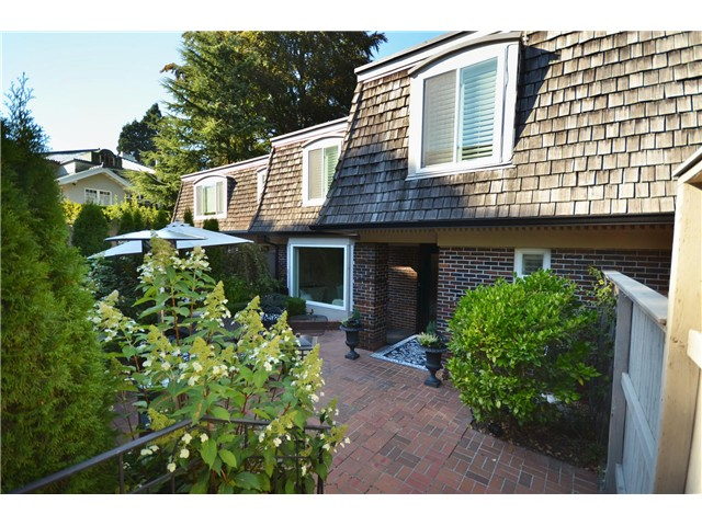 "Main Photo: 1449 MCRAE AV in Vancouver: Shaughnessy Townhouse for sale in ""McRae Mews"" (Vancouver West)  : MLS® # V1010642"