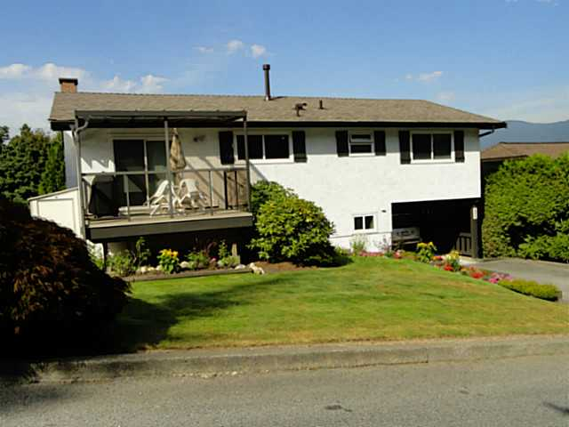 Main Photo: 3208 MARINER WY in Coquitlam: Ranch Park House for sale : MLS® # V1024892