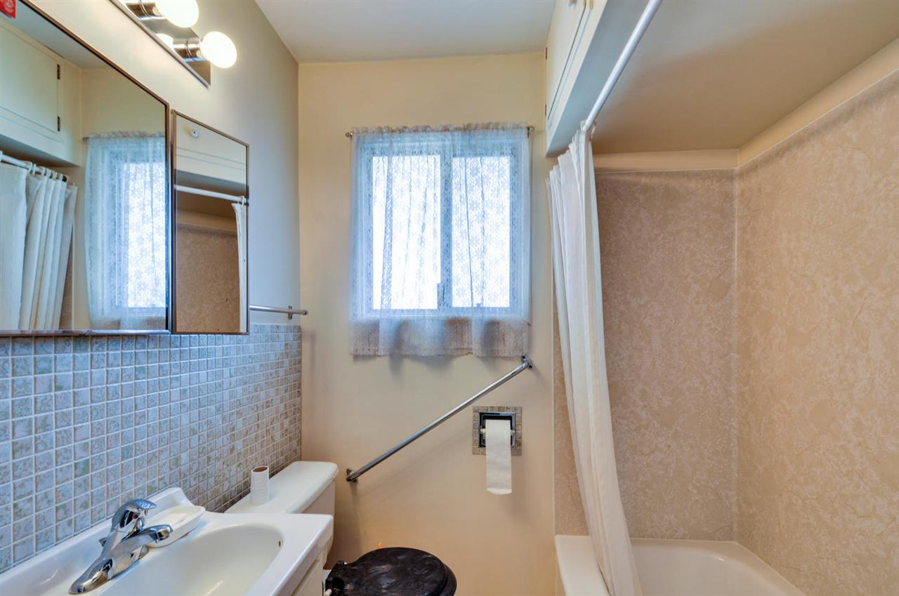 Photo 11: 4868 SMITH AVENUE in Burnaby: Central Park BS House for sale (Burnaby South)  : MLS® # R2141670