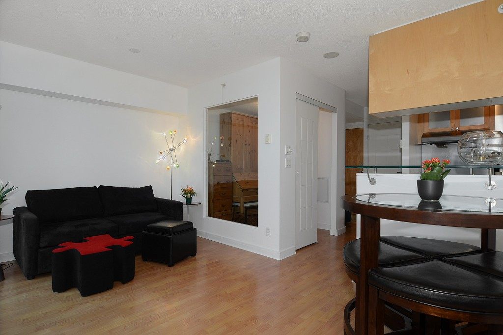 Photo 7: 706 1003 BURNABY Street in Vancouver: West End VW Condo for sale (Vancouver West)  : MLS(r) # V977698