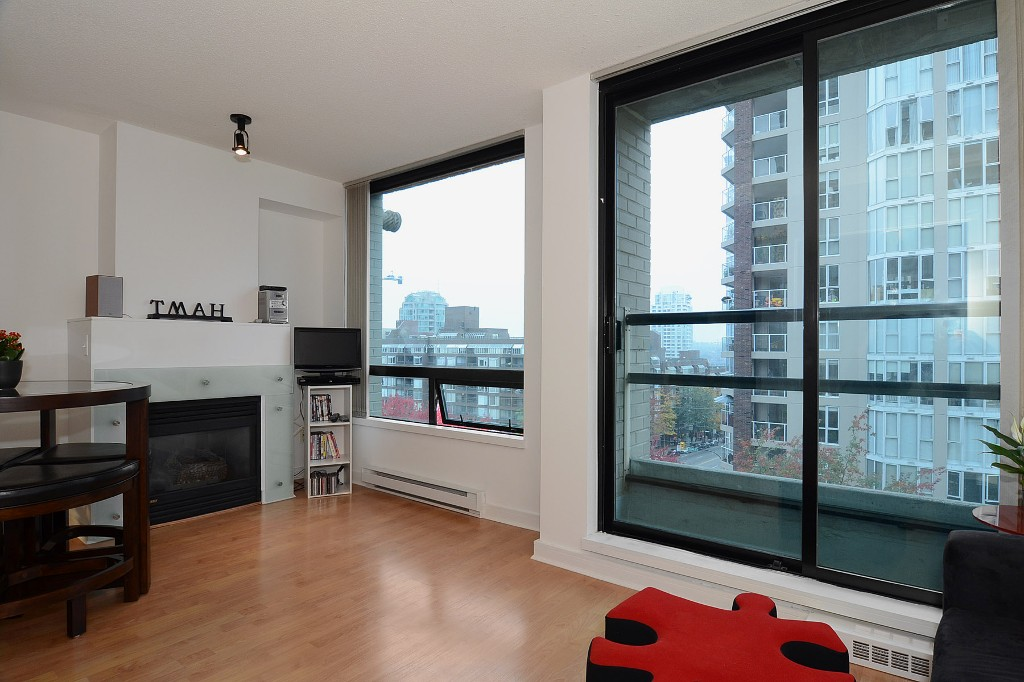 Photo 4: 706 1003 BURNABY Street in Vancouver: West End VW Condo for sale (Vancouver West)  : MLS(r) # V977698
