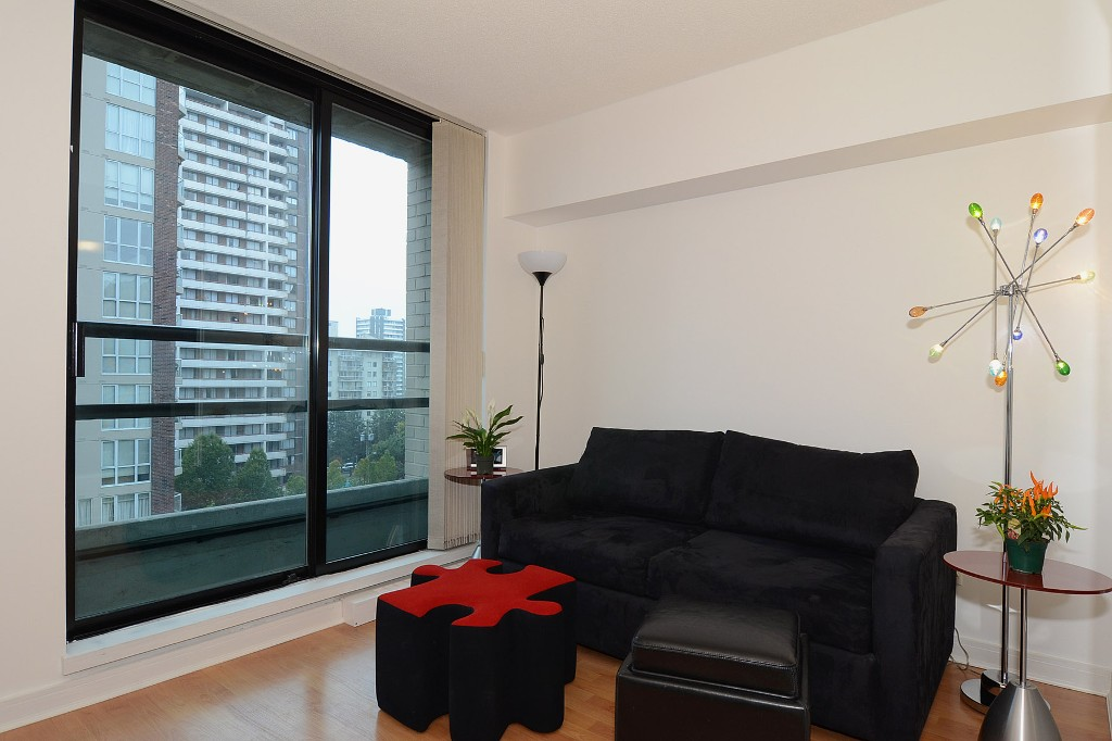 Photo 3: 706 1003 BURNABY Street in Vancouver: West End VW Condo for sale (Vancouver West)  : MLS(r) # V977698