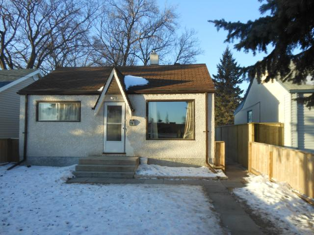 Main Photo: 19 Norberry Drive in WINNIPEG: St Vital Residential for sale (South East Winnipeg)  : MLS®# 1223276