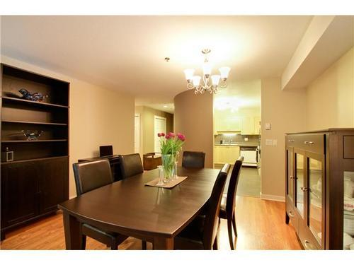 Photo 5: 407 6737 STATION HILL Court in Burnaby South: South Slope Home for sale ()  : MLS® # V938515