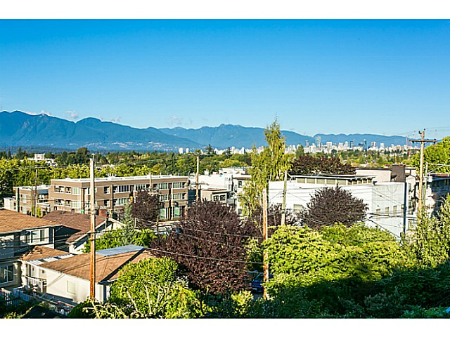 Main Photo: 3817 W 11th Ave in Vancouver: Point Grey House for sale (Vancouver West)  : MLS® # V1087818