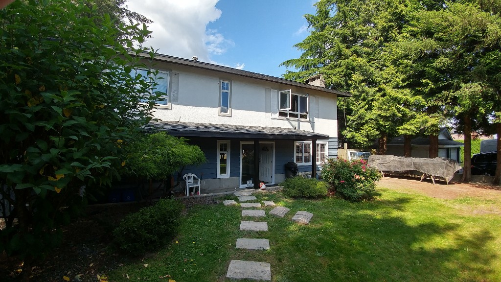 Main Photo: 26761 32 AVENUE in Langley: Aldergrove Langley House for sale : MLS® # R2089705
