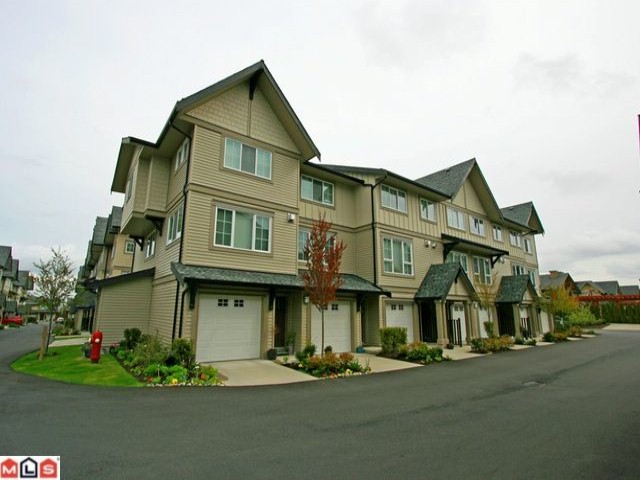 "Main Photo: 256 2501 161A Street in Surrey: Grandview Surrey Townhouse for sale in ""HIGHLAND PARK"" (South Surrey White Rock)  : MLS® # F1209955"