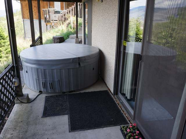 Photo 41: 110 WADDINGTON DRIVE in Kamloops: Sahali Residential Detached for sale : MLS(r) # 110059