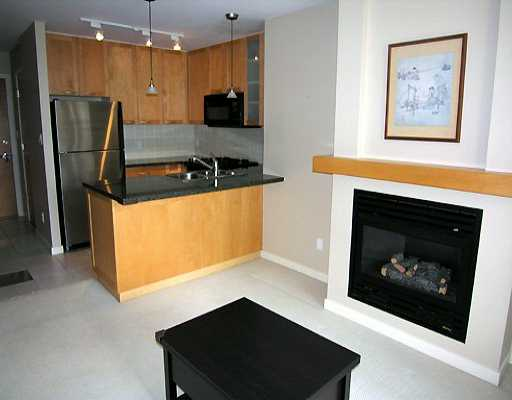 "Photo 4: 903 989 RICHARDS ST in Vancouver: Downtown VW Condo for sale in ""MONDRIAN"" (Vancouver West)  : MLS® # V585826"
