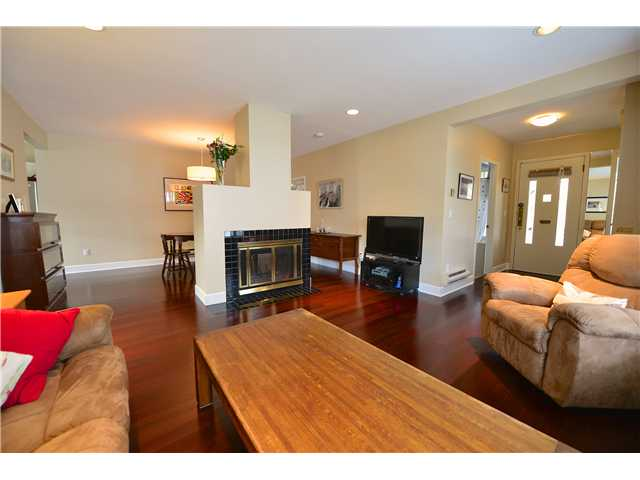 Photo 4: 3452 W 3RD Avenue in Vancouver: Kitsilano Townhouse for sale (Vancouver West)  : MLS® # V991489