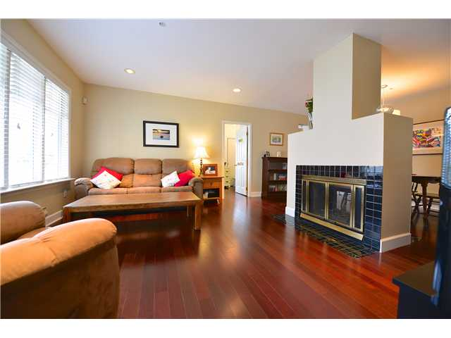 Photo 3: 3452 W 3RD Avenue in Vancouver: Kitsilano Townhouse for sale (Vancouver West)  : MLS® # V991489