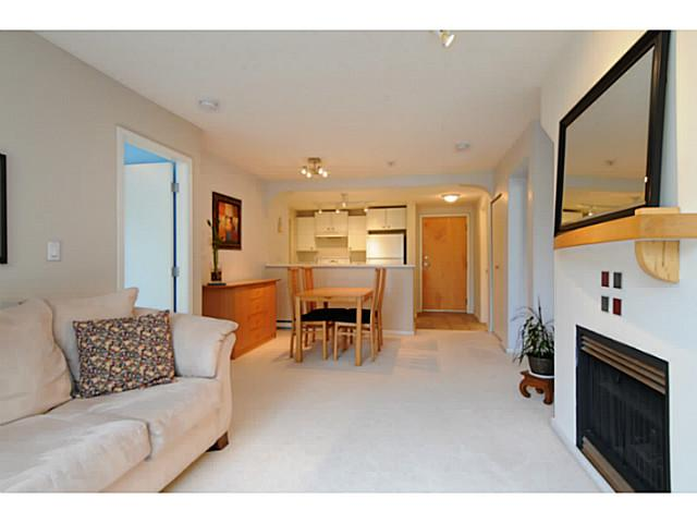 "Photo 4: 310 6833 VILLAGE Grove in Burnaby: Highgate Condo for sale in ""Carmel"" (Burnaby South)  : MLS(r) # V1026083"