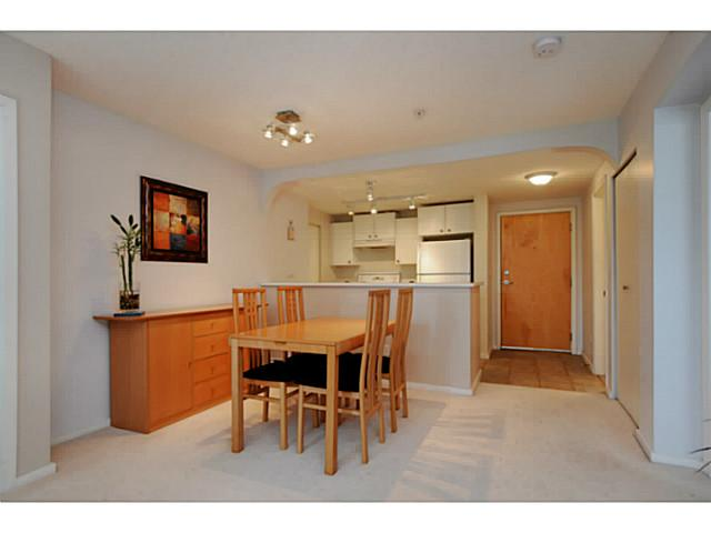 "Photo 10: 310 6833 VILLAGE Grove in Burnaby: Highgate Condo for sale in ""Carmel"" (Burnaby South)  : MLS(r) # V1026083"