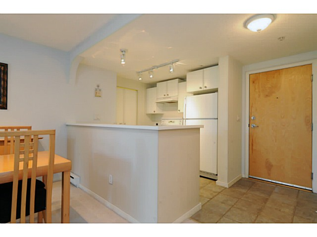 "Photo 11: 310 6833 VILLAGE Grove in Burnaby: Highgate Condo for sale in ""Carmel"" (Burnaby South)  : MLS(r) # V1026083"