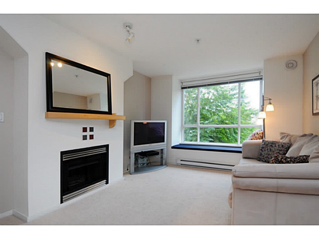 "Photo 3: 310 6833 VILLAGE Grove in Burnaby: Highgate Condo for sale in ""Carmel"" (Burnaby South)  : MLS(r) # V1026083"