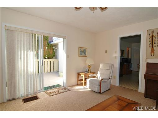 Photo 10: 3927 Staten Place in VICTORIA: SE Arbutus Residential for sale (Saanich East)  : MLS® # 333403
