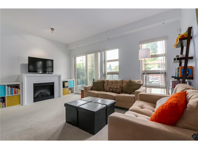 "Photo 3: 119 738 E 29TH Avenue in Vancouver: Fraser VE Condo for sale in ""CENTURY"" (Vancouver East)  : MLS(r) # V1074241"